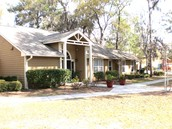 BLUFFTON HOUSE APARTMENTS