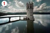 En Madrid tenemos una torre de cuento en mitad de un lago