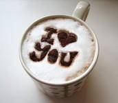 Visitanos y enamorate junto al aroma de un delicioso café.