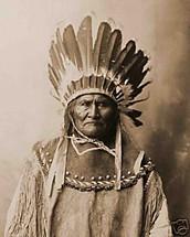 ¿Quienes son los apache y donde viven ?