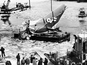Flight 90 crash into the Potomac