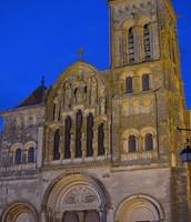 En dehors de Madeleine de Vézelay la nuit