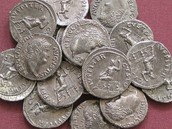 XV denarius per 12 hours.
