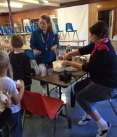 50th Day of School: Ice Cream Floats for 50s Day!