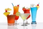 Výběr vlastního menu + příprava koktejlu s profesionálním barmanem pro 2