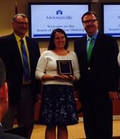 Nurse Coble receiving the MGSD ABCD Award
