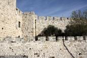 החומה הראשונה של ירושלים