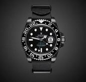 reloj negro es oscuro ($Ciento veintisiete)