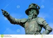 Juan's statue