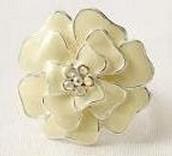 Dot Bloom Ring - Ivory