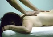 Recevez un massage thérapeutique pour soulager vos maux et douleurs
