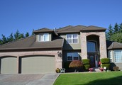 4200 Square Foot home with 4 bedrooms and 4 baths plus office\ den