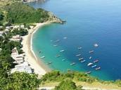 Playa del oeste del estado Vargas