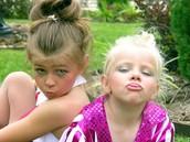 Cuando you era joven bailaba con mi hermana pequeña.