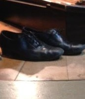 Organist's shoes