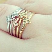 Moraley Flower Ring Sz 7