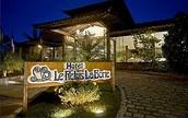 ☆☆☆☆☆  Hotel Le Relais La Borie Per Night  US$ 329 P/P