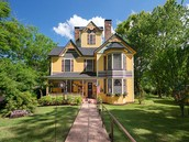 Historical Painted Lady with 3 Acres