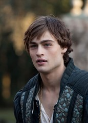 Who is the most fault for the problems that happen in Romeo and Juliet and why do you feel that way?