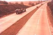 """Am 15 Juni 1948 hat die Autobahn geschlossen, für """"Reparieren""""."""