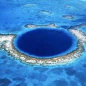 Blue hole in Belize, Mexico