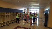 5th graders being greeted by their mentors
