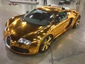 müüa koras Bugati Veyron