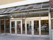 ¡Nuestra tienda es muy grande!