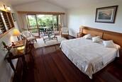 hotlel bedroom