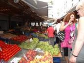 Tour in a fruit/vegetable market