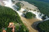 touist attracton #1) Iguazu Falls