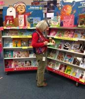 Zilker Teachers Love Books!