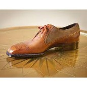 A pair of shoes a shoemaker would make