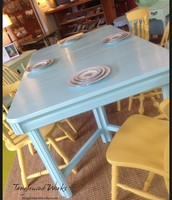 Blue Retro Table with 1 Expansion Leaf