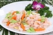 Fried Shrimps and Cashews