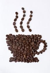 Существует множество мифов о вреде кофе и одним из самых распространенных является утверждение, что кофе вреден для сердца. Однако последние исследования свойств кофе подтверждают, что в умеренном количестве этот напиток не влияет на развитие сердечнососудистых заболеваний, и даже наоборот — оказывает положительное действие на здоровье человека.