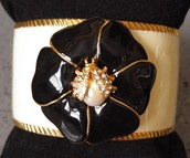 Kelly Cuff - Ivory/Black