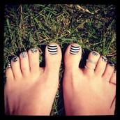 Black and White Stripe!