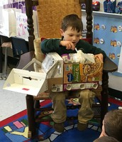 Lucas built a dump truck