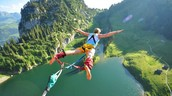 Welcome to your favorite Bungee Experience!
