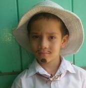Niño vestido de típico, Escuela Los Ángeles.