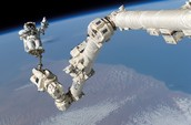 what is Dextre?