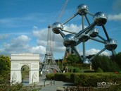Atom statue is Brussels
