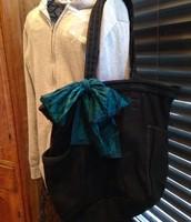 Retro Metro Bag - Black with scarf