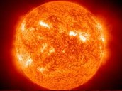 The sun that uses nuclear fusion to make energy
