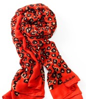Leopard Hearts Scarf