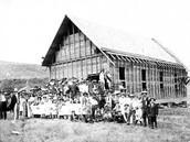http://www.wa-grange.org/Images/1912_approx_KellyHill_Grange.jpg