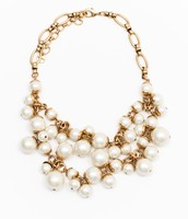 DAPHNE PEARL NECKLACE $54