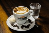 """A Cafeteria Panela Velha veio para inovar o conceito de """"tomar café""""."""