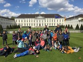 2b and 2c in front of Schloss Bellevue